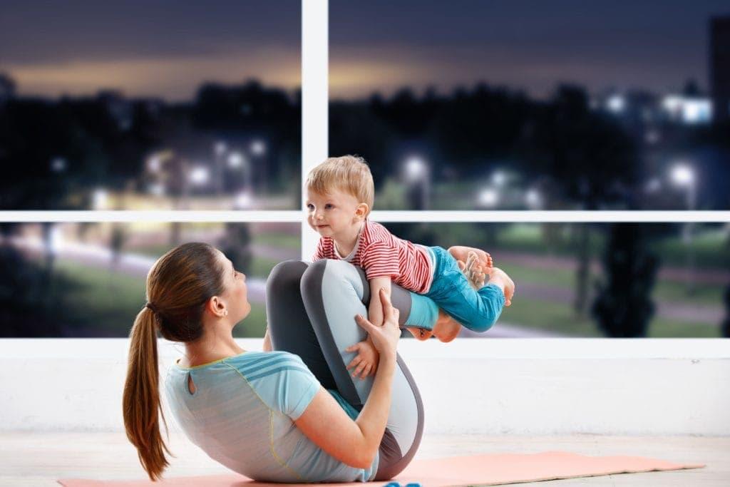 kids yoga, yoga for babies, yoga for toddlers, do yoga with your child, teach your kids yoga, balancing kid