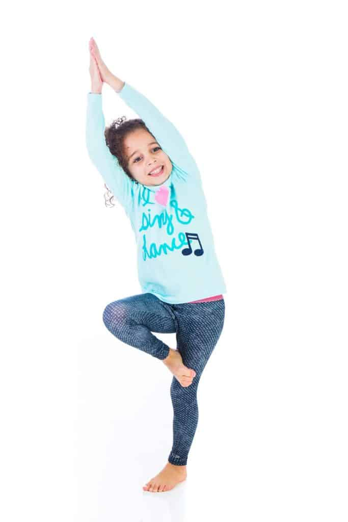 follow the drinking gourd, tree pose for kids, children's yoga poses, how to do yoga with kids, yoga flow, yoga sequence, yoga stories for kids, yoga storytelling, how to do kids yoga